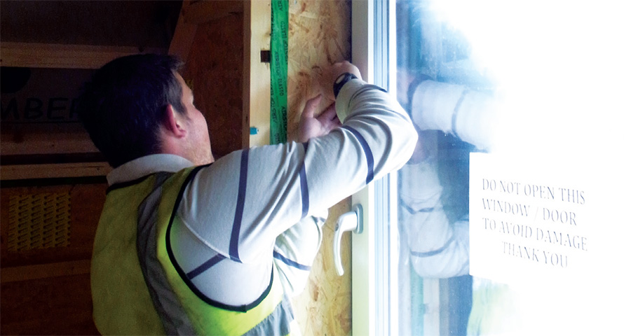 Installation of the Norrsken Viking triple-glazed timber-framed windows