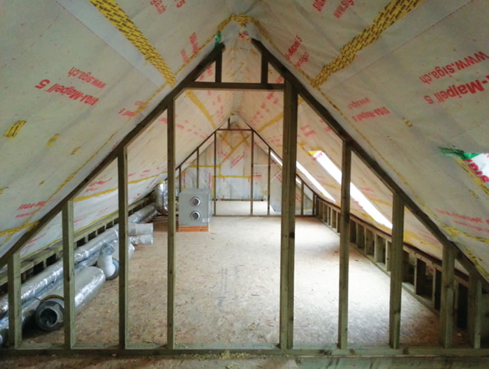Low-energy features of the build include Siga Majpell membrane for airtightness in the roof