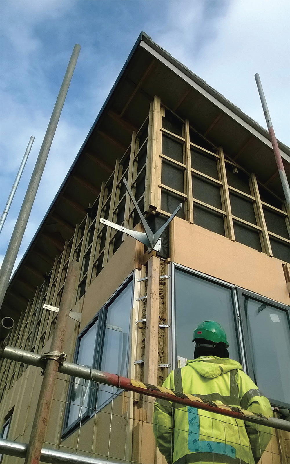 Pavatherm Plus woodfibre insulation boards were fitted externally over the frame