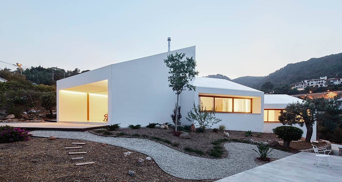 International MM House Majorca 2