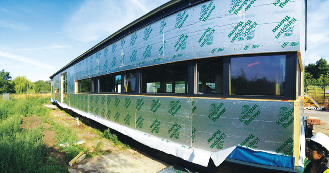 100mm of additional Kingspan Thermawall insulation was installed outside the SIPs