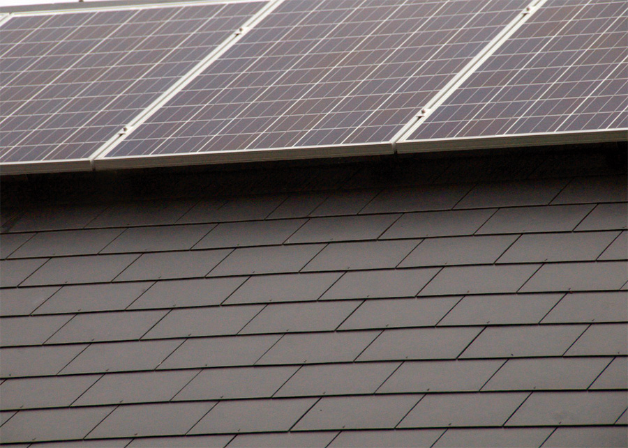 There is a 4kW solar photovoltaic array split between the east and west roof elevations