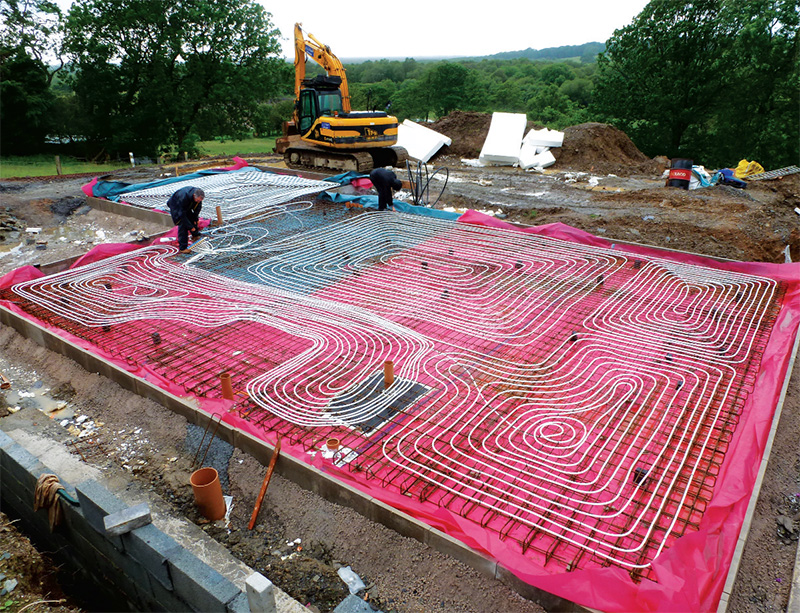 900 meters of underfloor heating pipework was laid