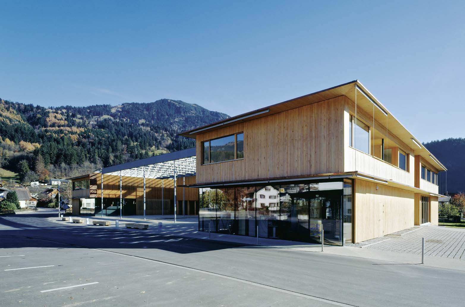 Ludesch Community Centre 02