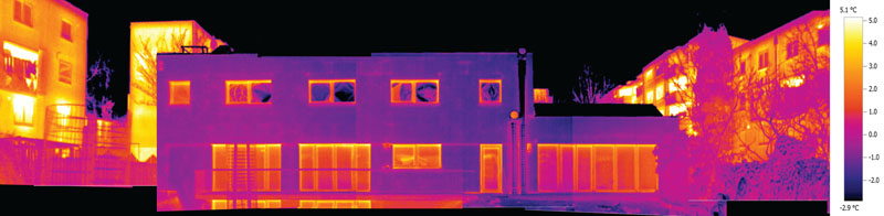thermal imaging reveals a marked difference between the upgraded centre and the surrounding buildings