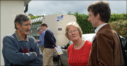 John Hearne chats with Francis and Margaret Murray as Harte and Kenny continue with the energy survey