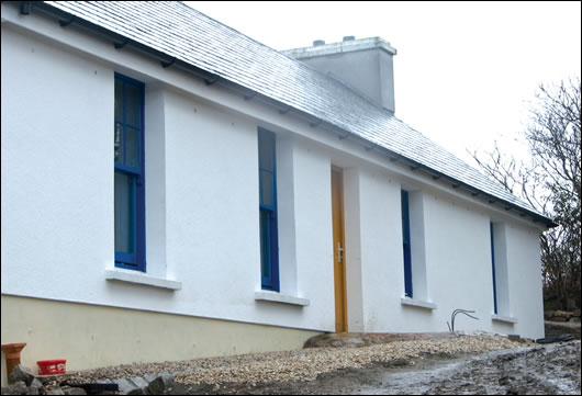 The existing house was insulated externally so as not to reduce internal space