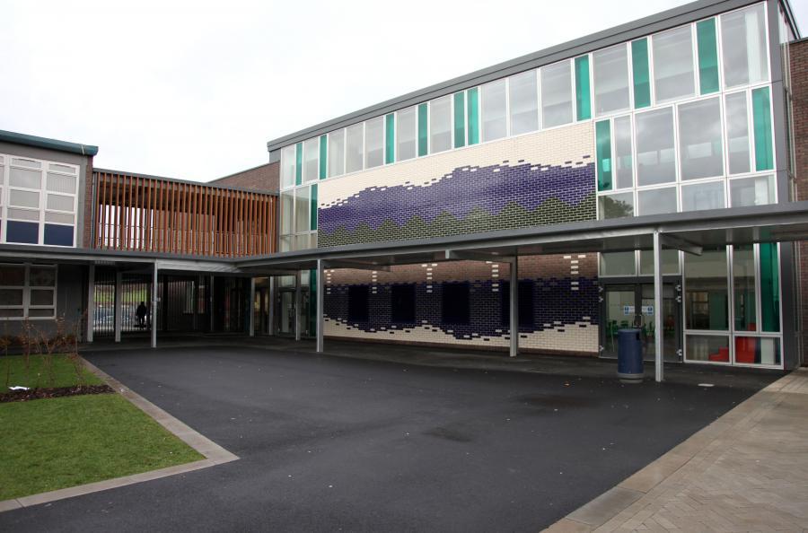 Woodside High School, London