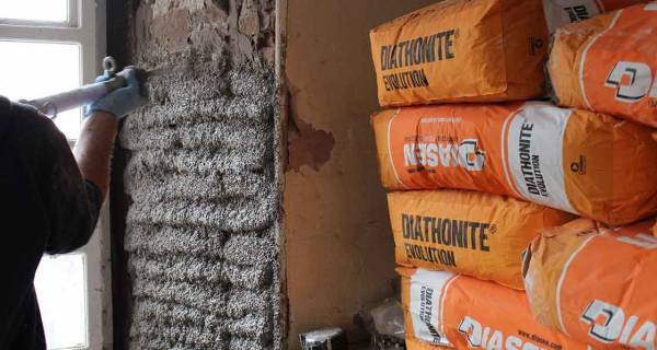 Diasen thermal lime plaster features on RTE renovation