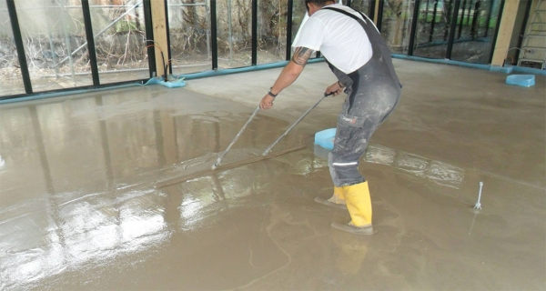 Screed standards key to preventing failures, advise Smet