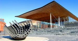 Wales votes to cut emissions 80%