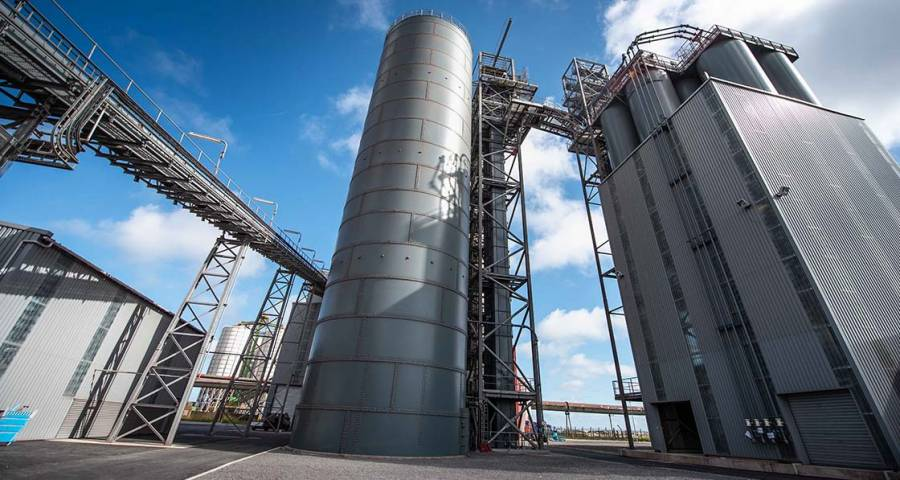 10 million tonnes of carbon saved by low carbon cement — Ecocem